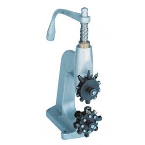 Machine à oeillets à cadran R-4